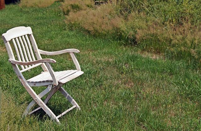 一人椅子にたたずむマイケル・コルレオーネの最後