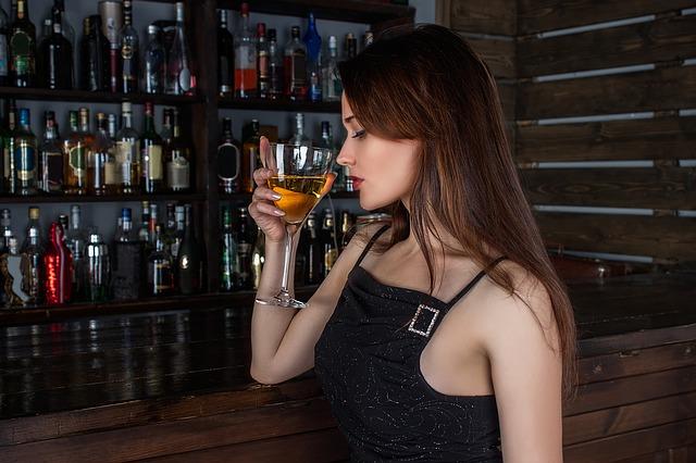 ワイン、アルコール、お酒